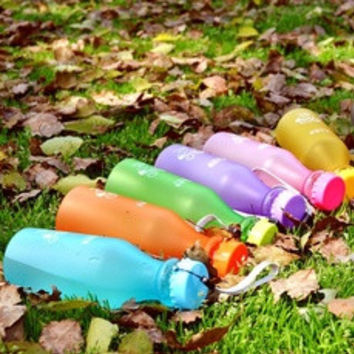 Popular 550ml Portable Fall Candy Color Frosted Leak Proof Not To Break The Soda Bottle Travel Mug Plastic Water Bottles [7939585031]