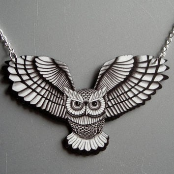 $19.95 Swooping Owl in Black and White Necklace by theringleader on Etsy