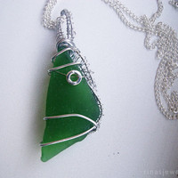 Green glass pendant Wire wrapped sea glass necklace Green beach glass jewelry Triangle shape sea glass pendant for women Wire wrapped glass