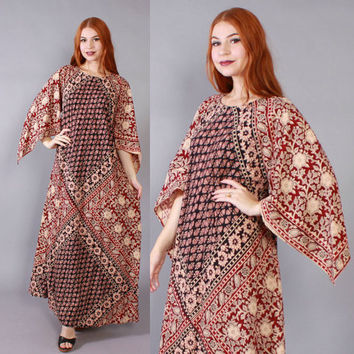 Vintage 70s BATIK MAXI Dress / 1970s Pointed Sleeve Ethnic Indian Cotton CAFTAN