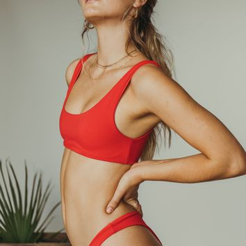 dbrie meli top in red ribbed