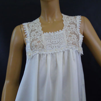 Designer Nightgown Lace Embroidered Nightie Size S Ivory Satin Vintage Bridal USA ILGWU Union Tag The Dream Merchants Limited Time Lingerie