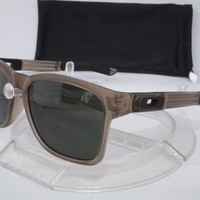 NEW OAKLEY CATALYST SUNGLASSES OO9272-01 Matte Sepia / Dark Grey
