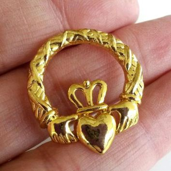 Vintage Claddagh Gold Tone Tie Tack Pin