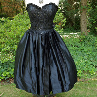 Vintage 80's Dress Gunne Sax Black Strapless Sequin Lace and Satin Tie Back Full Skirt Princess Waist, Sweetheart Cocktail Party Dress