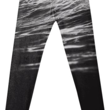 Battle Cry - Fancy leggings created by HappyMelvin | Print All Over Me