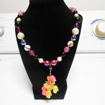 My little Pony Sunny Rays Figurine Chunky bubblegum beaded necklace