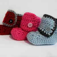 Button On Baby Booties - Boy or Girl - Crocheted - MADE TO ORDER - Choose your colors, size