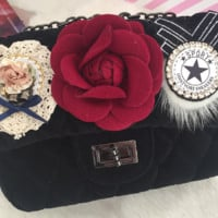 New velvet flowers Lingge chain velvet shoulder bag