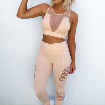 Stay Strong Sports Bra: Peachy Nude