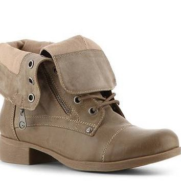 G BY GUESS Brryan Combat Boot