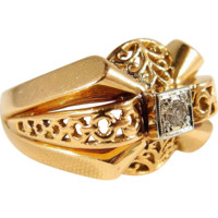 Beautiful ornate solid gold heavy French ring with natural round cut diamond, 18K stamped yellow and white gold
