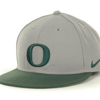 Oregon Ducks NCAA Nike Team Sports Authentic Fitted Baseball Cap