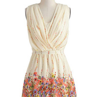 Falling for Flora Dress | Mod Retro Vintage Dresses | ModCloth.com
