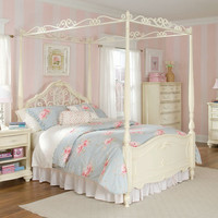 Romance Metal and Wood Poster Bed