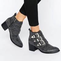 Park Lane Western Buckle Trim Boots
