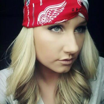 RED Detroit Red wings twist headband