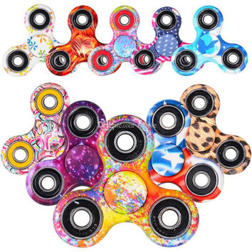 The most Popular camouflage Fidget Spinner toy triangle finger gyro For Autism And ADHD EDC Decompression anxiety