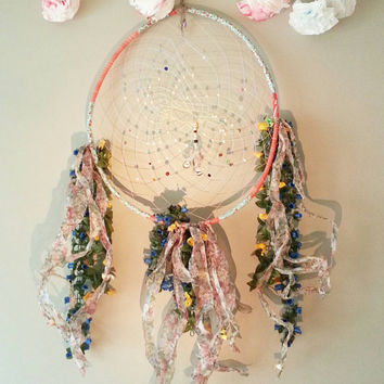 Dream Catcher, Gift for him, Gift for her, bohemian, bedroom decor ideas, Home and Living, Boho, Home Decor Ideas, Wall Art, Flowers & Birds
