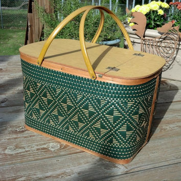Great Vintage Picnic Basket - Mid Century Large Picnic Hamper with Shelf - 1950's