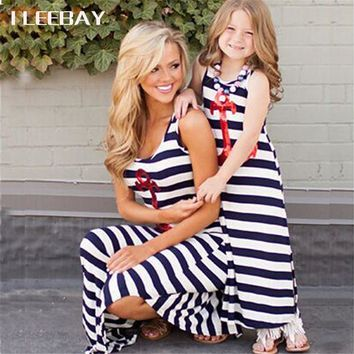 Summer Striped Mother Daughter Long Dresses Family Matching Outfits Mommy and Me Beach Dresses Girl Casual Costume Kids Vestidos