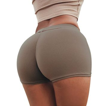 2018 Compression Elastic Push Up Yoga Shorts Running Shorts Women Gym Short Slim Fit Shorts Fitness Workout Activewear