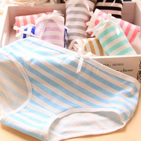 [Quecoo] 2016 Girl Series cotton stripe navy style underwear, underwear women sexy underwear cute bow Women's panties