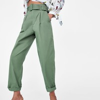 TROUSERS WITH BELTDETAILS