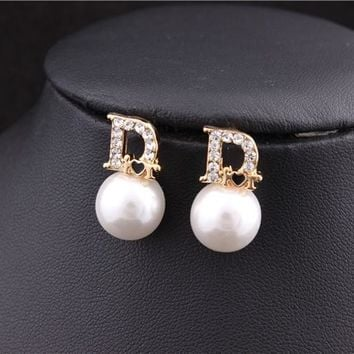 Rose Gold Plated Dior Rhinestone Pearl Heart Design Stud Earrings
