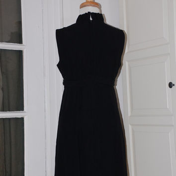 60s Bobbie Brooks LBD in Crepe, Empire Seam, Bow, Size Small