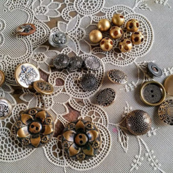 Vintage Assortment of Metal Buttons Victorian Twinkle Gold Balls