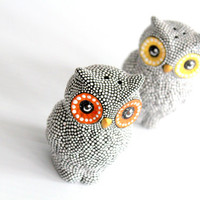 Hand Painted Owls Salt and Pepper shakers Black and White Owls