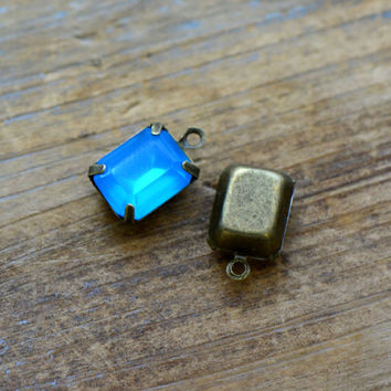 4 - Small Rectangle Jewel Charms OCEAN BLUE Drop Gem Rectangle 8x10mm Brass Claw Setting Charm or Link Gold Antique Bronze Silver (AW053)