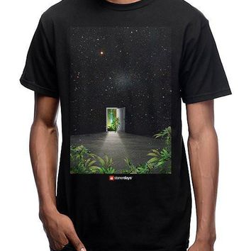 MEN'S MAGIC DOOR TEE