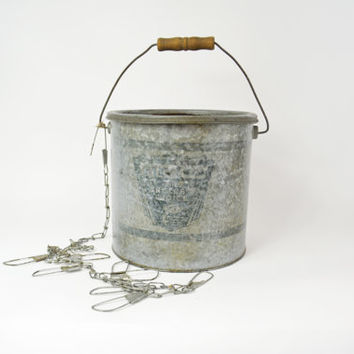 Vintage Minnow Bucket, Galvanized Steel Bucket, Angler's Bait Bucket, Vintage Fishing Equipment, Beach Décor, Bait Keeper