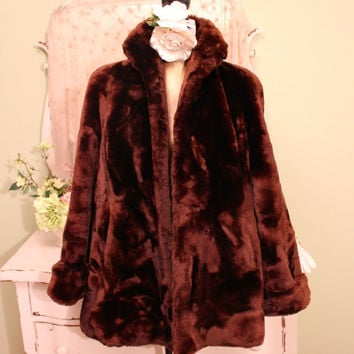 1940s Vintage Fur Coat, Brown Mouton Jacket, Heavy Retro Swing, WWII Era Clothes, Wide Sleeve, Mid Length  MINT CONDITION, Ladies Size Large
