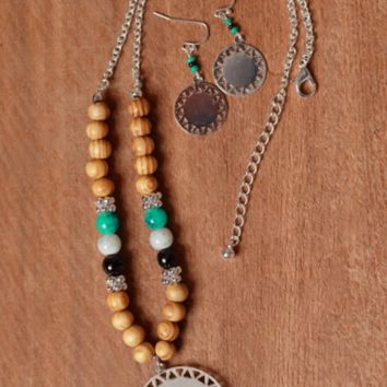 Silver Toned American Native Design Wooden Ball and Seed Beaded Necklace and Earrings Set.