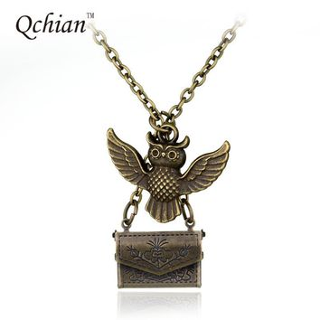 Classic Harry Potter Necklace Admissions Notification Envelope Owl magic Necklace for friend mysterious Christmas gift