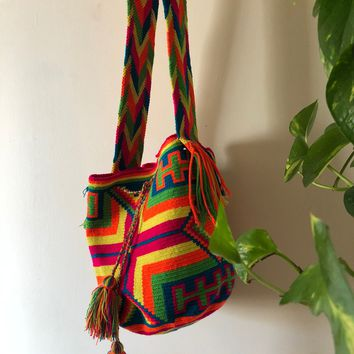 COLORFUL WAYUU BAG