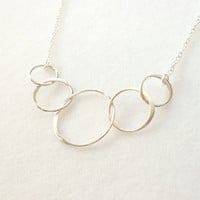 Interlocking Circles Necklace 5 Connected Entwined Rings, Sterling Silver Necklace, Mother Sister Friend Bridesmaid Delicate Minimal Jewelry