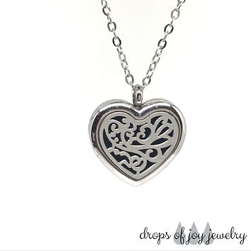 Romancing Heart Diffuser Necklace - Silver