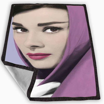 audrey hepburn purple scarf legend Blanket for Kids Blanket, Fleece Blanket Cute and Awesome Blanket for your bedding, Blanket fleece *
