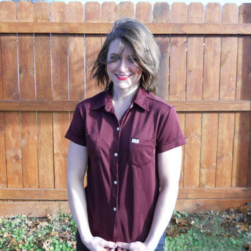Vintage 1970's Oscar de La Renta cranberry, short sleeve, button down shirt. Small, womens ODLR jeans shirt. grunge//goth//hipster