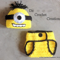 Crochet Minion baby Outfit -- Photo Prop Set -- Hat, Diaper -- Made To Order -- 0-3 Month only