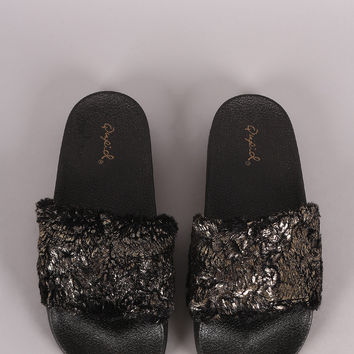 Qupid Metallic Faux Fur Slide Sandal