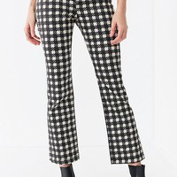 BDG Kick Flare High-Rise Cropped Jean – Houndstooth | Urban Outfitters