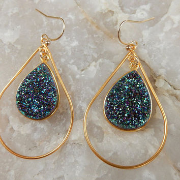 Peacock Druzy Earrings Gold Drusy Hoop Teardrop Pear Chandelier Purple Green Quartz Drops - Free Shipping Jewelry