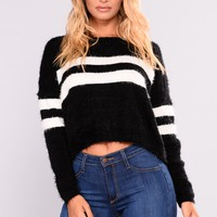 Lindita Fuzzy Sweater - Black