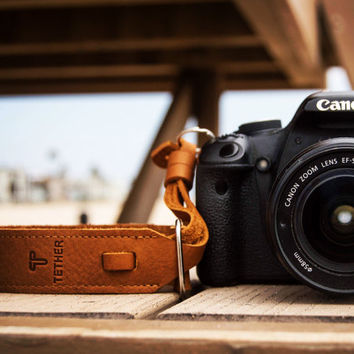 Tan Leather Wrist Camera Strap for DSLR or SLR camera, DSLR Camera Strap. Camera accessories. Canon camera strap. Nikon camera strap.