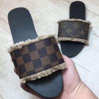 LV Louis Vuitton 2018 summer new wild slippers sandals soft shoes F0406-1